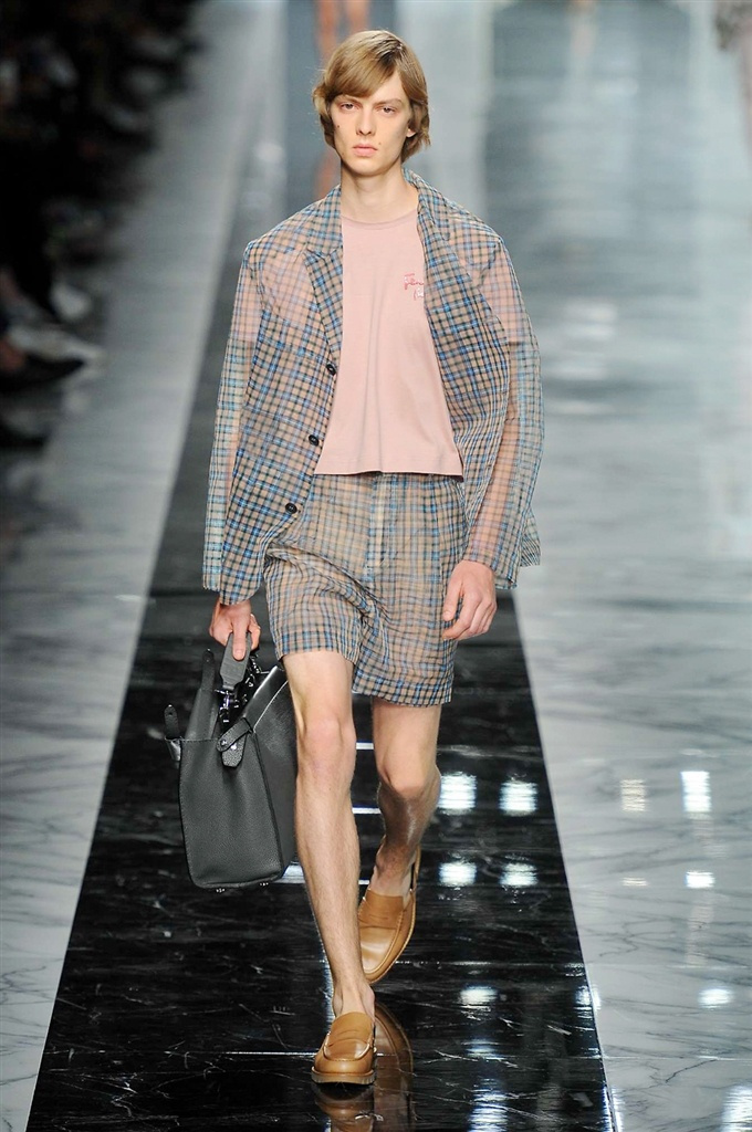 Fotoservizio/SS 2018/MEN/FENDI/DP2/22