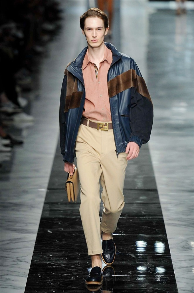Fotoservizio/SS 2018/MEN/FENDI/DP2/9