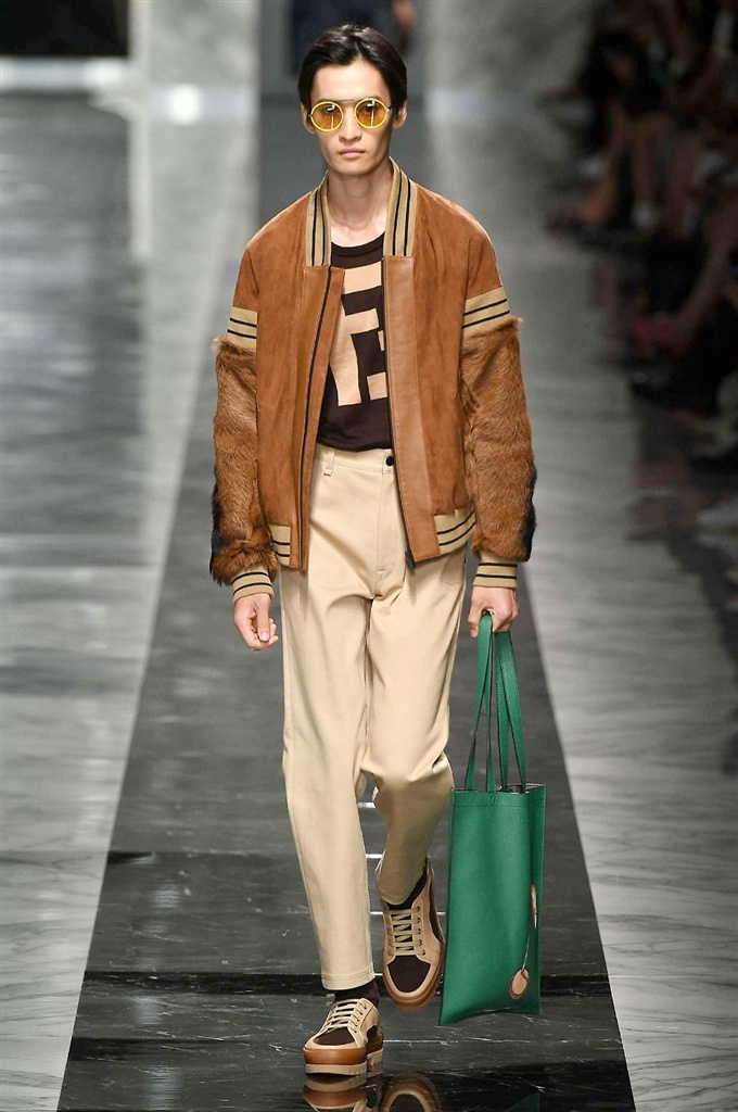 Fotoservizio/SS 2018/MEN/FENDI/DP2/10