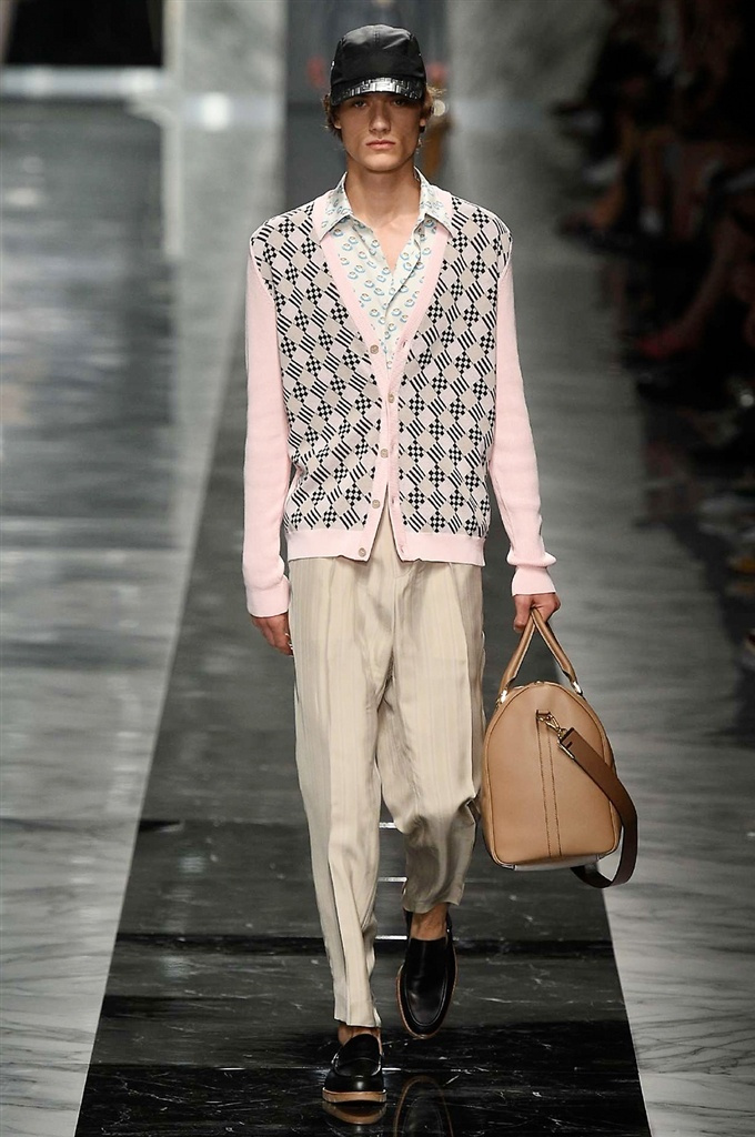 Fotoservizio/SS 2018/MEN/FENDI/DP2/18