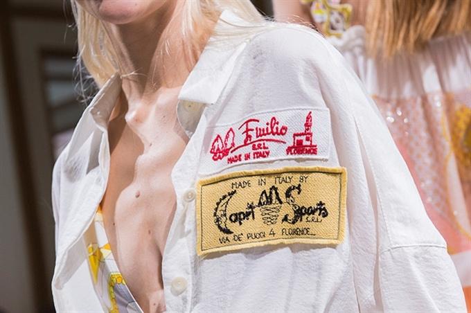 Fotoservizio/SS 2018/WOMEN/EMILIO PUCCI/DP2/51