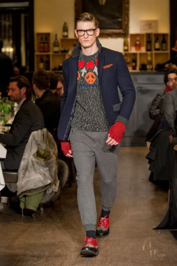 Fotoservizio/FW 2013-2014/MEN/MOSCHINO/DP1/7