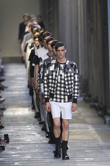 Fotoservizio/SS 2014/MEN/NEIL BARRETT/DP1/37