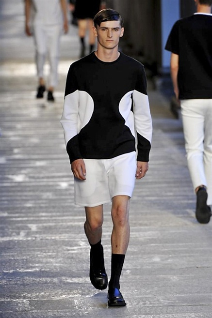 Fotoservizio/SS 2014/MEN/NEIL BARRETT/DP1/4