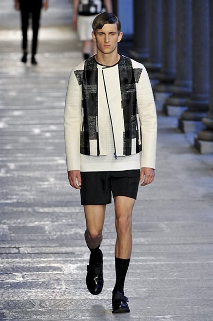 Fotoservizio/SS 2014/MEN/NEIL BARRETT/DP1/8
