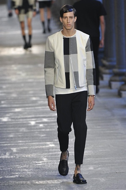 Fotoservizio/SS 2014/MEN/NEIL BARRETT/DP1/11